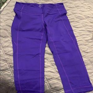 GUC Athleta crop leggings